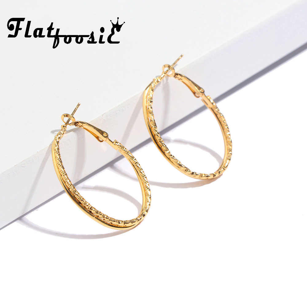 Flatfoosie 2018 Punk Gold Color Stud Earrings For Women New Fashion Simple Geometric Big Round Circle Statement Earring Jewelry