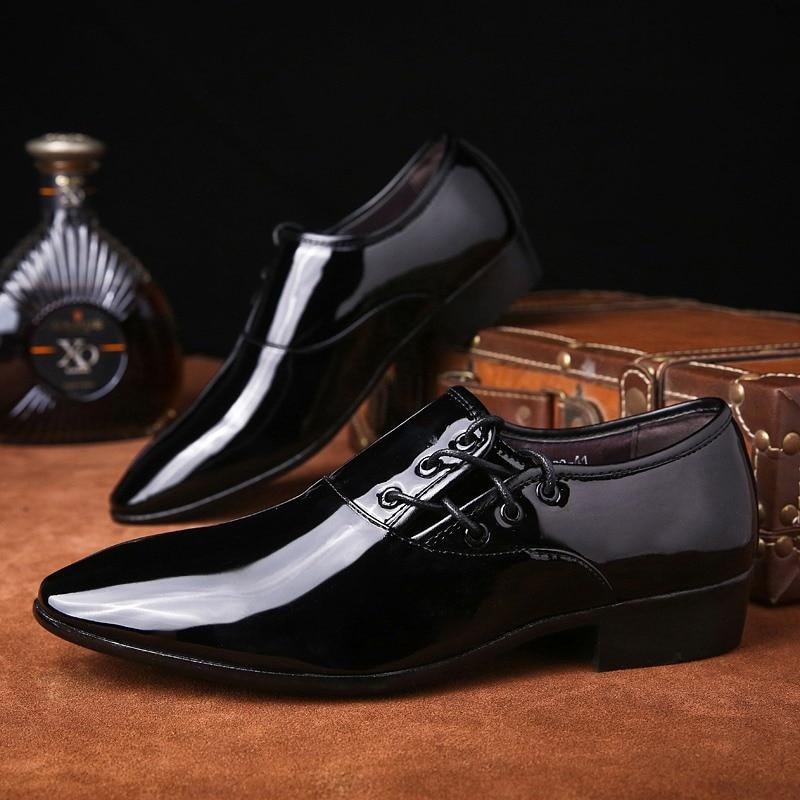 GUDERIAN Patent Leather Oxford Mens Shoes Comfortable Business Men Official Shoes Pointed Toe Men Shoes Formal Zapatos De Hombre