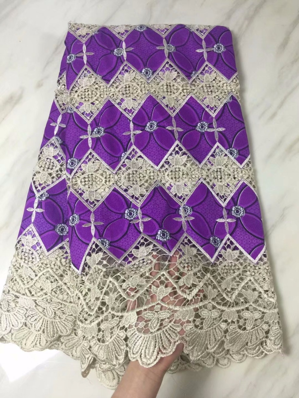 fashion  guipure lace fabric with wax cloth high quality double colour water soluble lace with wax for women dress   f16j093fashion  guipure lace fabric with wax cloth high quality double colour water soluble lace with wax for women dress   f16j093