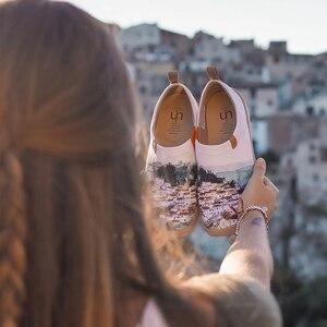Image 5 - UIN kırmızı Vival şehir sanat boyalı kanvas ayakkabılar için kadın konfor Slip on loaferlar sneaker düz bayan moda yürüyüş ayakkabısı