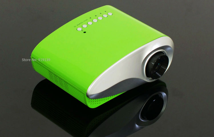 mini projector green pic 1
