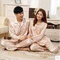 Pareja hombre y mujer ropa de dormir pijamas set con cuello vuelto tela de seda de manga larga + long pants home wear gota gratis