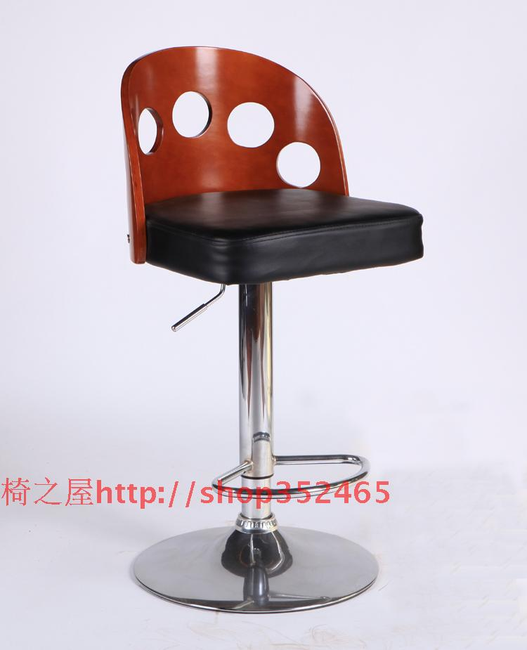 European fashion solid wood bar chair stool. Swivel chair.. the bar chair hairdressing pulley stool swivel chair master chair technician chair