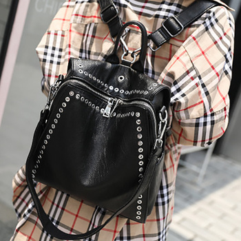 2020 Spring Summer New Fashion PU Woman Backpack Personalized Casual Rivet Female Backpacks Student Bag Girl Travel Bags Black