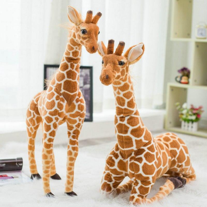 Simulazione tridimensionale giraffa peluche bambola giocattolo bar interno decorazione della hall ornamenti realistico animale photography modello giocattoloSimulazione tridimensionale giraffa peluche bambola giocattolo bar interno decorazione della hall ornamenti realistico animale photography modello giocattolo