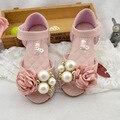 2016 Летний новый детские сандалии девушки перлы цветка сандалии принцесса высокое качество милые сандалии дети комфорт плоские сандалии