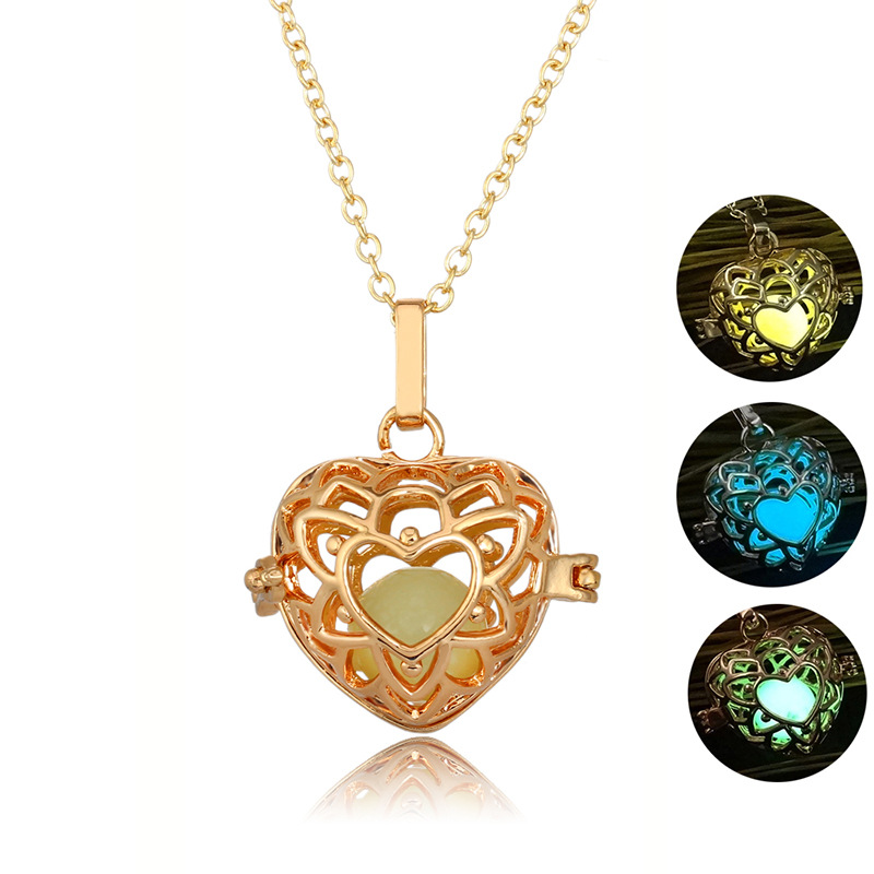 ESERSE Luminous Hollow Heart Pendant For Women Glow In Dark Gold Pendant 3 Color Light Lover's Gift Slide Chain Fashion Jewelry