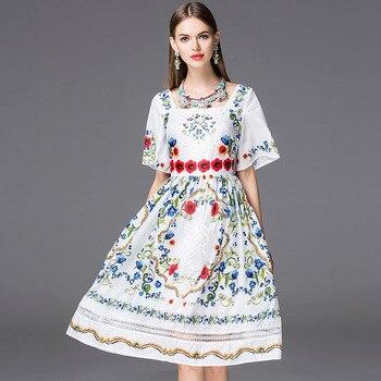 39185101864e4 Yaz elbisesi 2016 Bohemia Moda Yeni Günlük Kısa Parlama Kol Nakış Yeni  Çiçek Baskı Vintage Hollow Kare Yaka Elbise