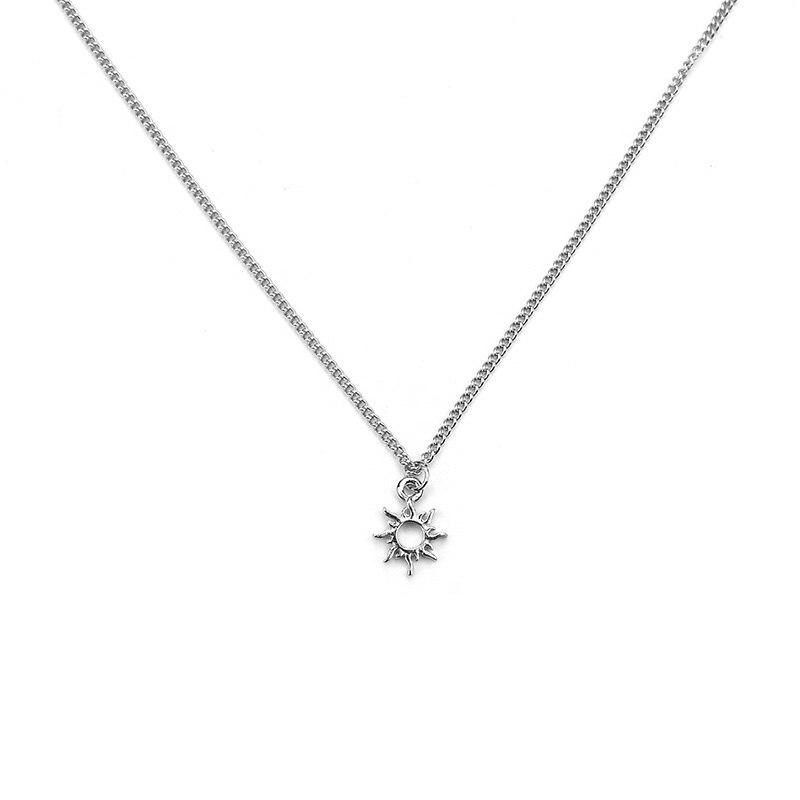 1 Pc Mode Gold Silber Farbe Sonne Charme Halskette Anhänger Schlüsselbein Ketten Erklärung Halskette Frauen Als Geschenk Halskette Mit Karte GüNstigster Preis Von Unserer Website