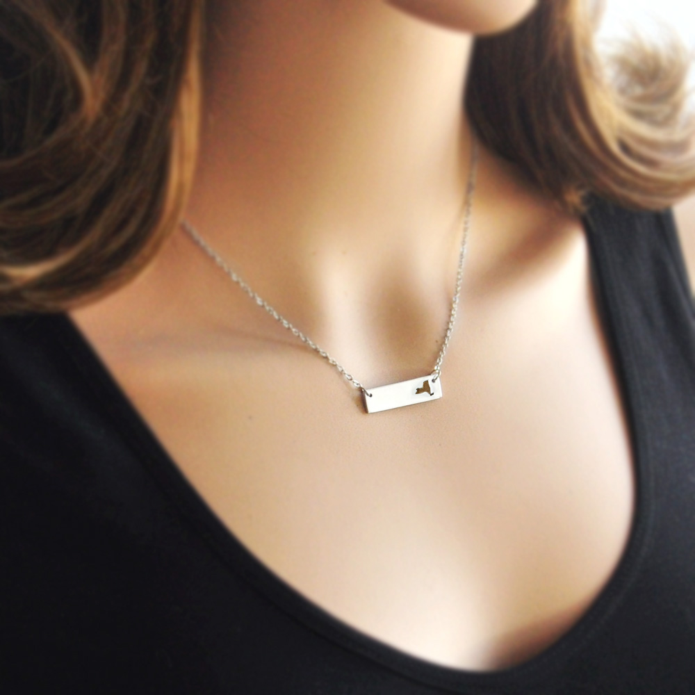 New York Necklace Cut Out Map Necklace Alloy State Necklace Map Charm Custom Map State Pride Bar Necklace
