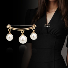 Creative Anti-light Brooch For Women Cardigan Anti Wearing Pins Fashion Simple Simulated Pearl Fixed Straps Slip