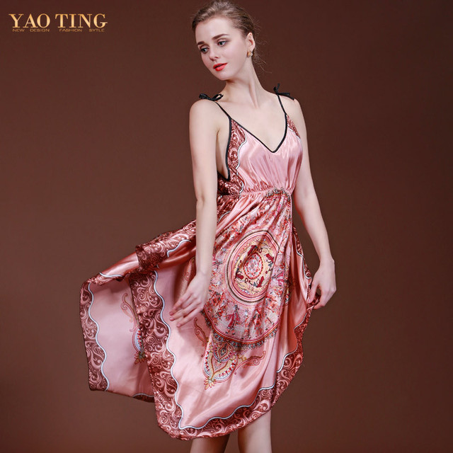 2 Colors Plus Size Robe Bathrobe Longue Femme Silk Satin Nightgown Sleepwear Backless Night Dress Nightwear Nightdress DQ046