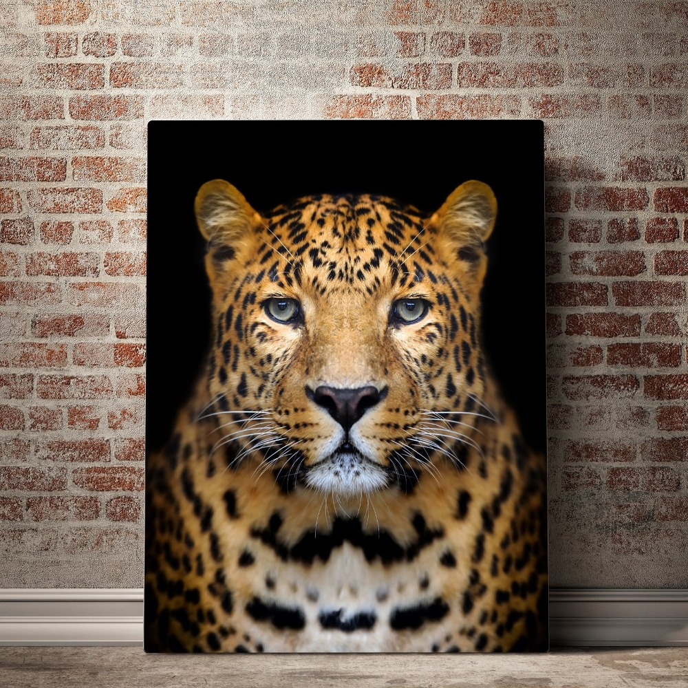 Beautiful_Cheetah_mock_up_brick_vertical_copy_2000x