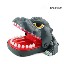 Shark Dog Crocodile Bite Finger Simulation Electric Light Sound Toy Large Mouth Dentist Biting Hand Game Pulling Teeth Children