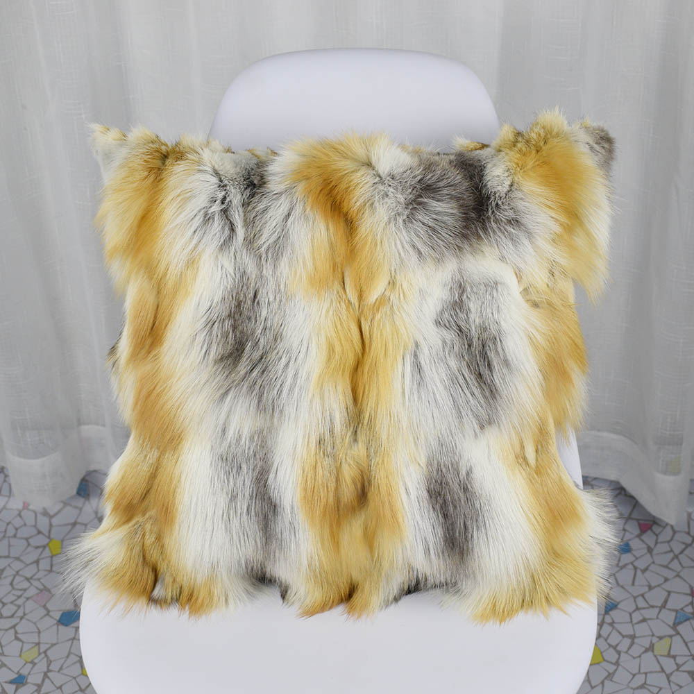fox fur pillowcase  (36)