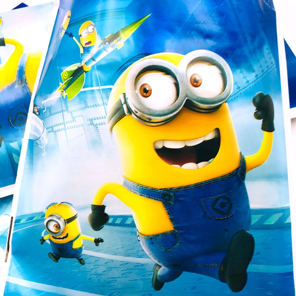 10pcs Minions Gift Bag 1st Birthday Boy Party Decoration