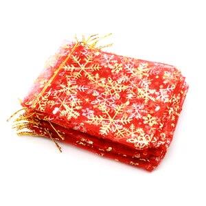 Image 4 - 50 pz/lotto Bianco Organza Bags 7x9 10x14 13x18 cm di Natale di Cerimonia Nuziale Della Caramella Regali di Imballaggio borse Fiocco di Neve Con Coulisse Sacchetto Del Regalo Del Sacchetto