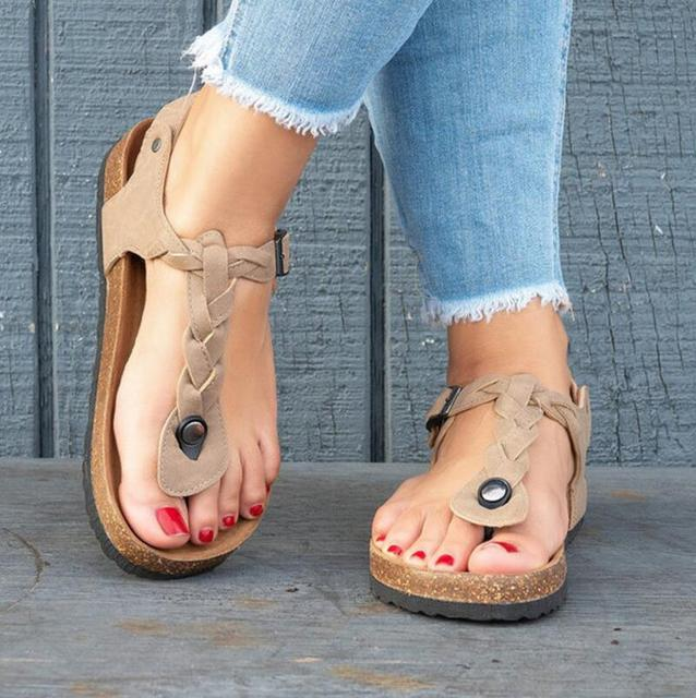 a63a9b9161298 Woman Summer Beach Cork flip thong Sandals Women soft low heels vintage  Shoes ladies Casual Clogs girls Zapatos Mujer F180603