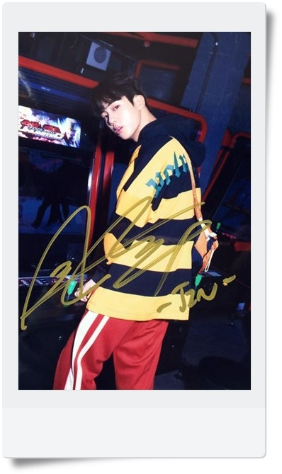 signed BTS JIN autographed  photo LOVE YOURSELF  4*6 inches  freeshipping 092017B
