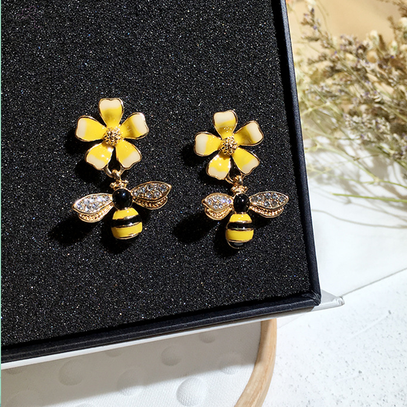 US $1.71 14% OFF|AOMU 2018 New Korea Yellow Flower with Bee Wings Asymmetry Crystals Insect Stud Earrings for Women Girl Gift -in Stud Earrings from Jewelry & Accessories on Aliexpress.com | Alibaba Group