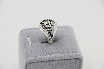 Metallica Ring