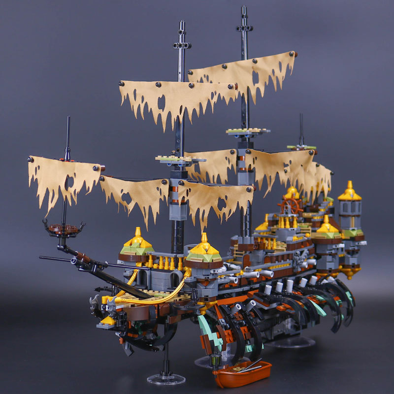 Lepin 16042 Pirates of the Caribbean Ship Series the Slient Mary Set Children Building Blocks Bricks Toys Model Gift 71042 lepin 22001 pirates series the imperial war ship model building kits blocks bricks toys gifts for kids 1717pcs compatible 10210