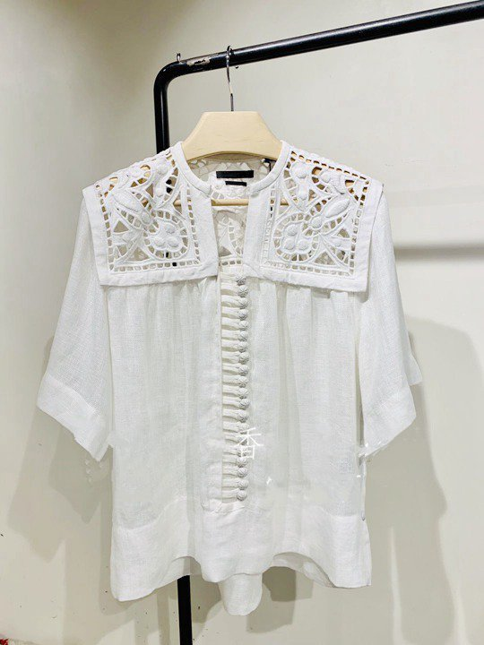 Women Shirt 0019 Summer New Fresh Embroidered White Short Sleeve Cotton Shirt-in Blouses & Shirts from Women's Clothing    3