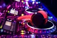 DJ Party Music Instrument Headphones Glow Blur Bokeh Macro Photograph DY050 Room Home Wall Modern Art
