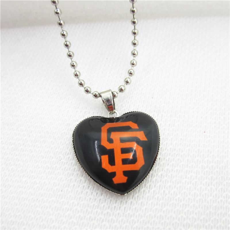 10pcs/lot USA Fans San Francisco giants Necklaces with 45cm Beads Chains Baseball Sports Necklace Jewelry Pendant Charms