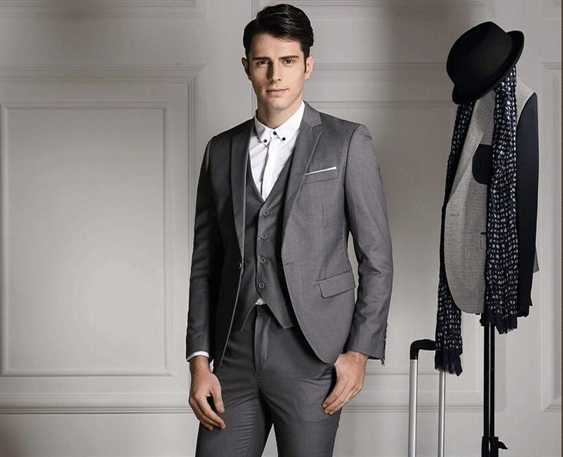 Alta calidad para hombre trajes delgados establecen 3 Psc chaqueta + chaleco  + pantalones del novio trajes de boda para hombre vestido de traje azul  marino ... c3f1c4f8ca8