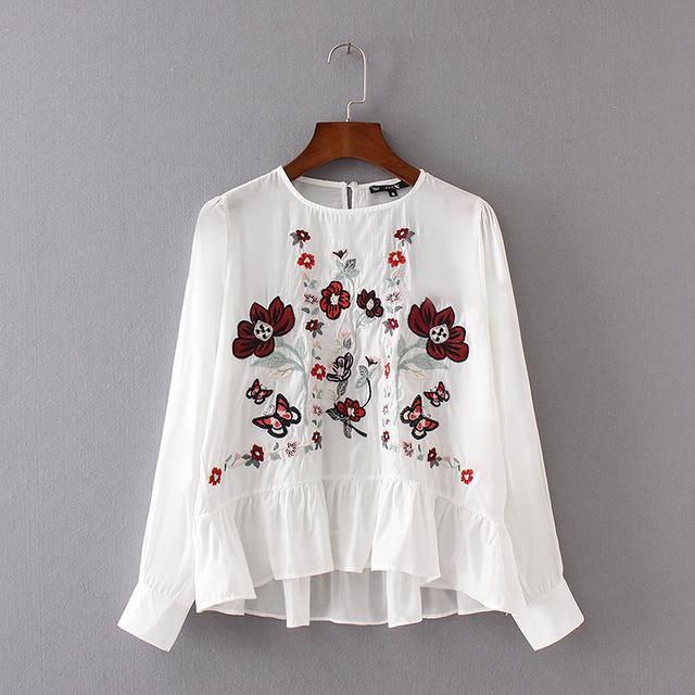 Primavera 2017 Da Marca Bordado Floral Ruffles Mulheres Blusas Camisas de Manga Longa O Pescoço Preto/Branco Bordado Blusa blusa Fmeale