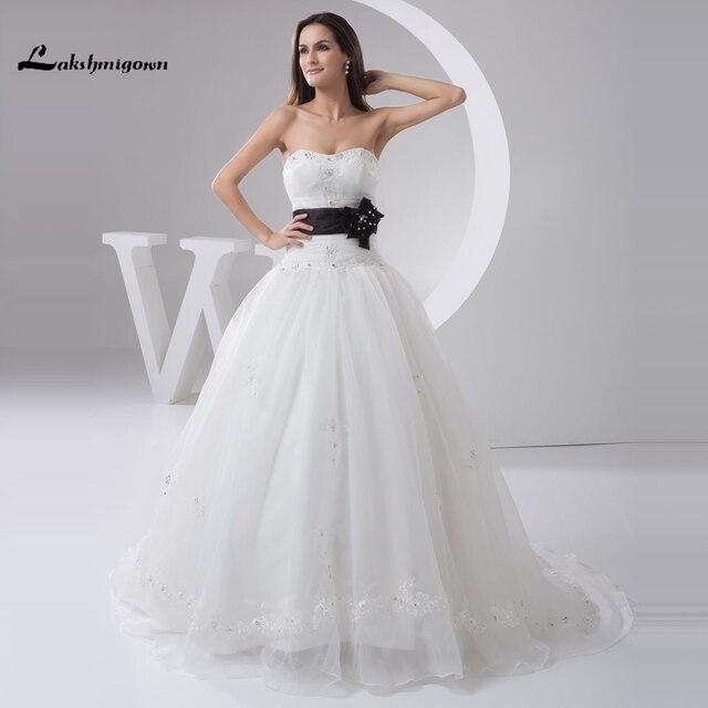 Sexy Trägerlosen A linie Weiß und Schwarz Brautkleider Maß Organza Puffy  Brautkleider Vestido de Casamento in Sexy Trägerlosen A-linie Weiß und ...