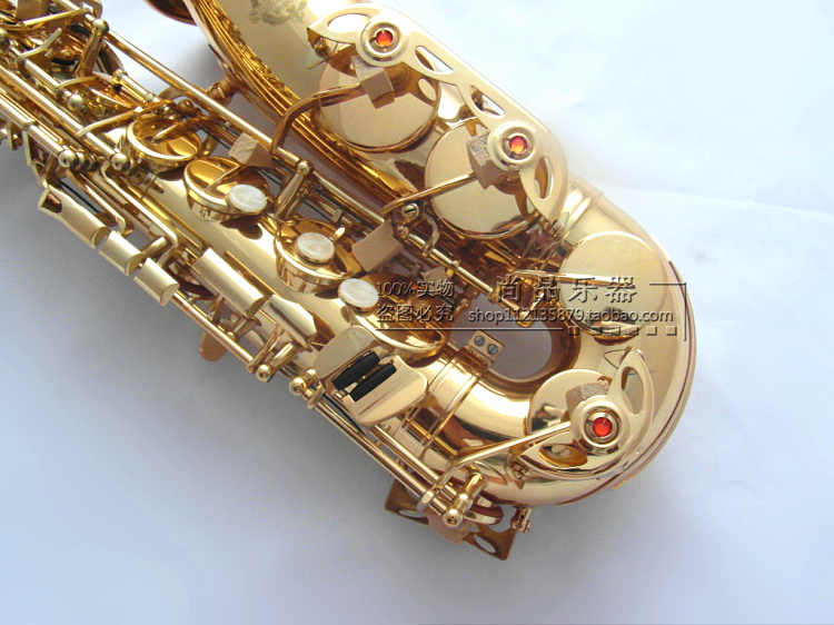 E-flat Alto Saxophone musical instrument Lacquer gold hand-carved professionally played