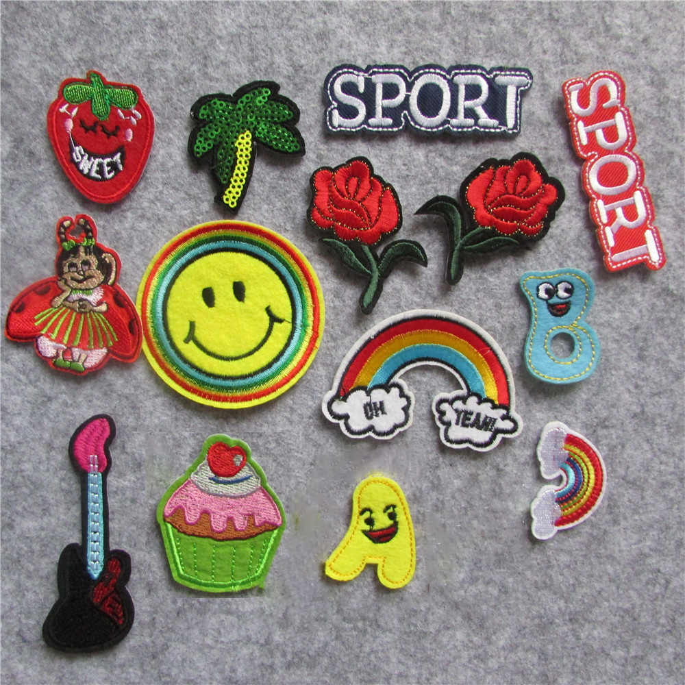 1PCS flower Embroidered Patch Iron On Sewing Applique for Jacket Clothes Badge Stickers DIY Apparel Accessories C5539-C5561