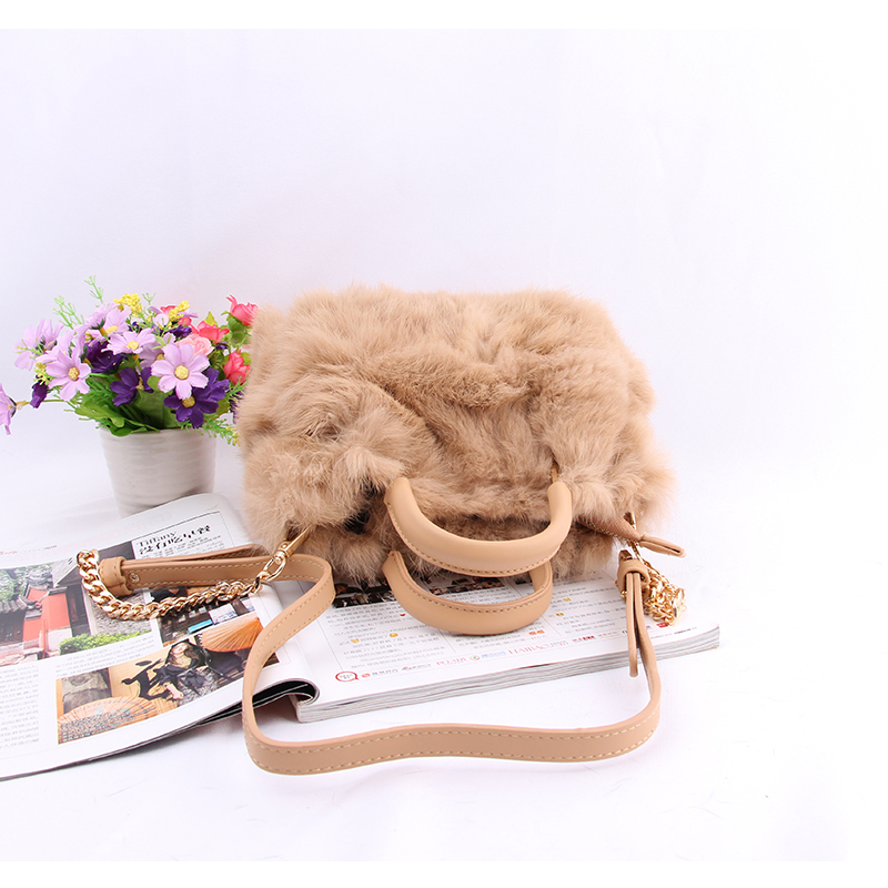 Fashion Women Luxury Shoulder Bag New Design Casual Small Hand Carry Bags Hairy Women's Handbags Real Rabbit Fur Hair Handbag