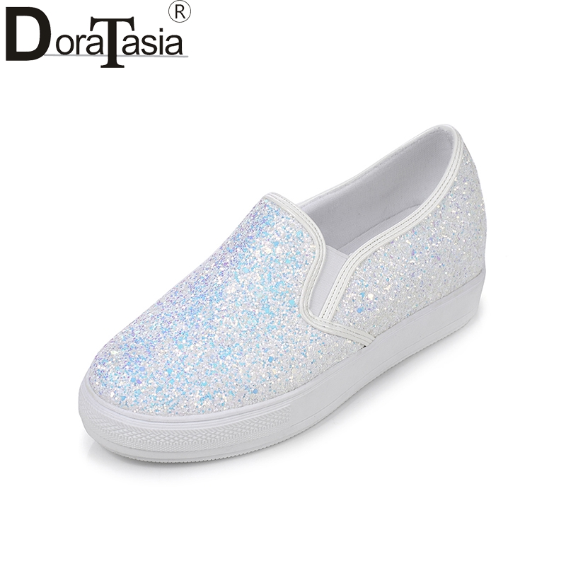 DoraTasia 2018 Spring Autumn Plus Size 30-44 Sweet Glitter Flat Platform Loafers Shoes Woman Slip-On Casual Height Increasing 2018 new spring autumn women s casual shoes air mesh woman loafers slip on female flat shoe solid women sneakers plus size 35 42