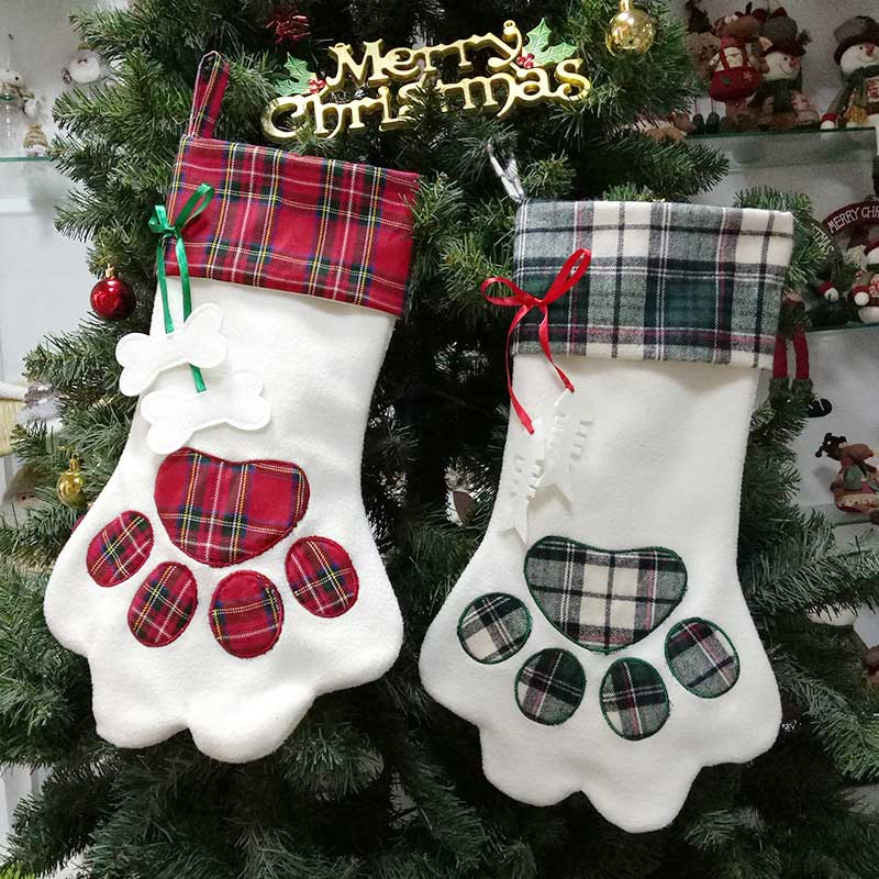 Dog Christmas Stocking.Us 8 61 Dog Christmas Stockings Large Pet Gift Bags Socks 45x20cm Red Blue Plaid Paw Xmas Stocking Merry Christmas Tree Ornaments In Stockings