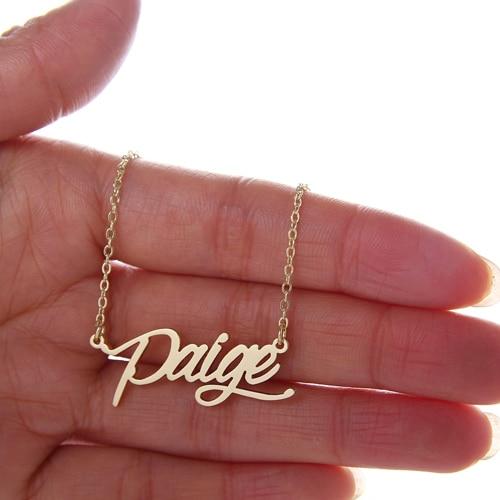Именное ожерелье для женщин/девушек кулон Paige Script Шарм Золотой цвет нержавеющая сталь Популярная табличка украшения из букв NL2410