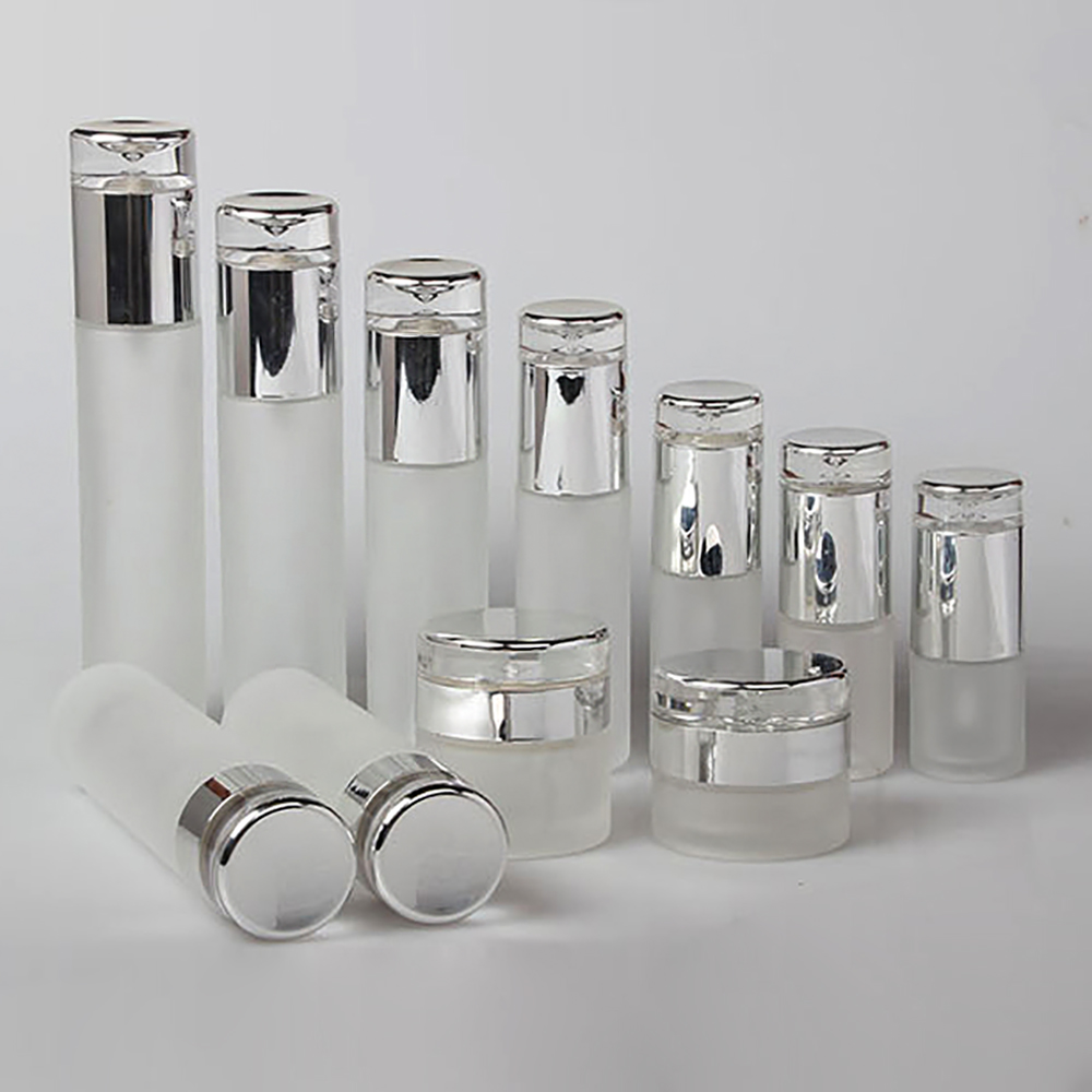 Luxury Frosted Body Lotion Glass Pump Bottle And Mist Spray Bottle With UV Silver Lid 80ml Cosmetic Packaging