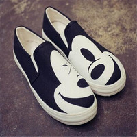 Hand Painted Shoes Spring Autumn Fashion Women Flats Canvas Shoes Platform Round Toe Breathable Shoes With