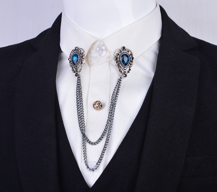 4 collar pin chain man