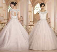 Free Shipping Puffy Ball Gown Sleeveless Sweep Train Keyhole Back Tulle Bohemian Wedding Dress With Top Lace AW415