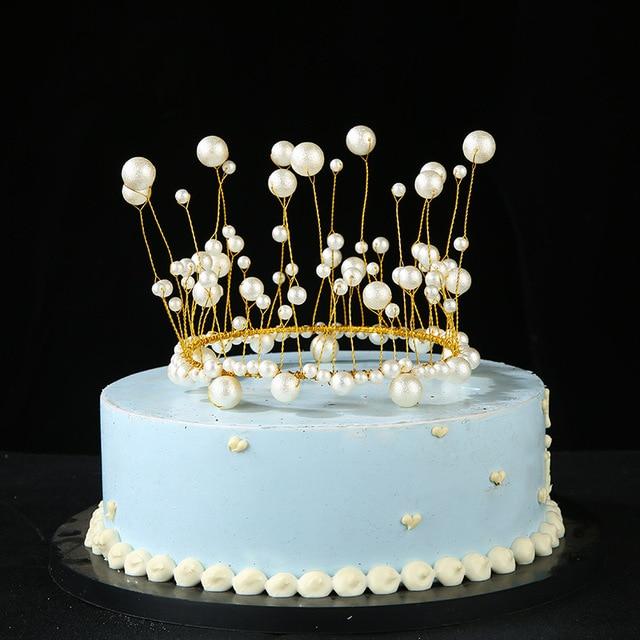 Corona para pastel de princesa de perlas de Metal, tocado de perlas artificiales brillantes, decoración de pastel de boda y compromiso, Decoración de cumpleaños hecha a mano