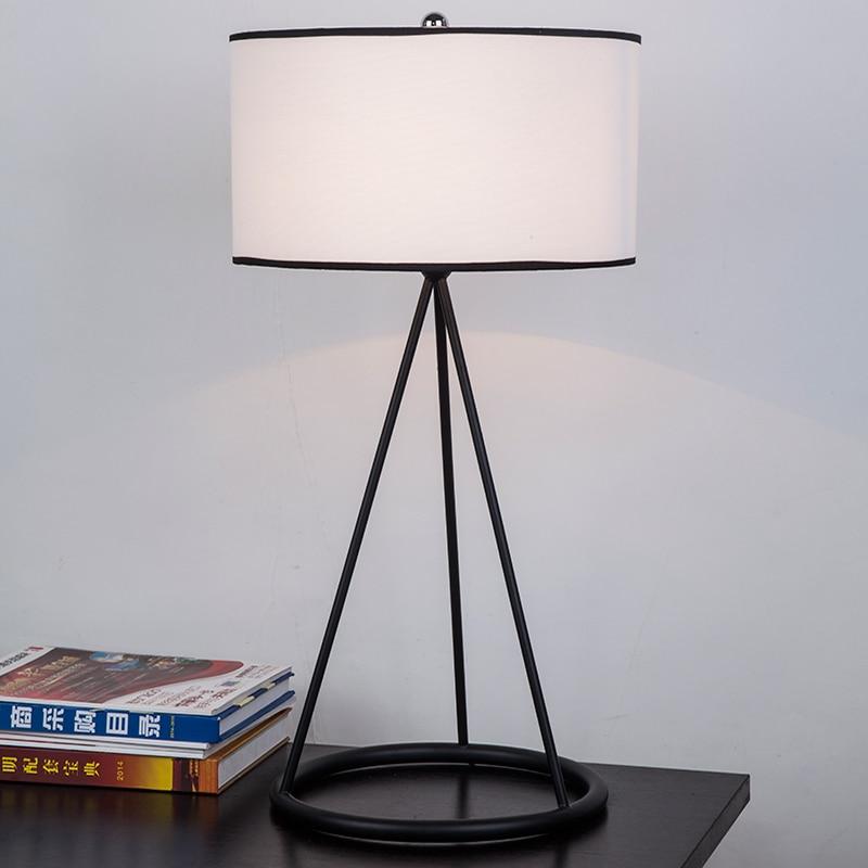 Кантри стиль сада гостиная спальня ночники ткань исследование современный минималистский креативного освещения настольные лампы ZS114