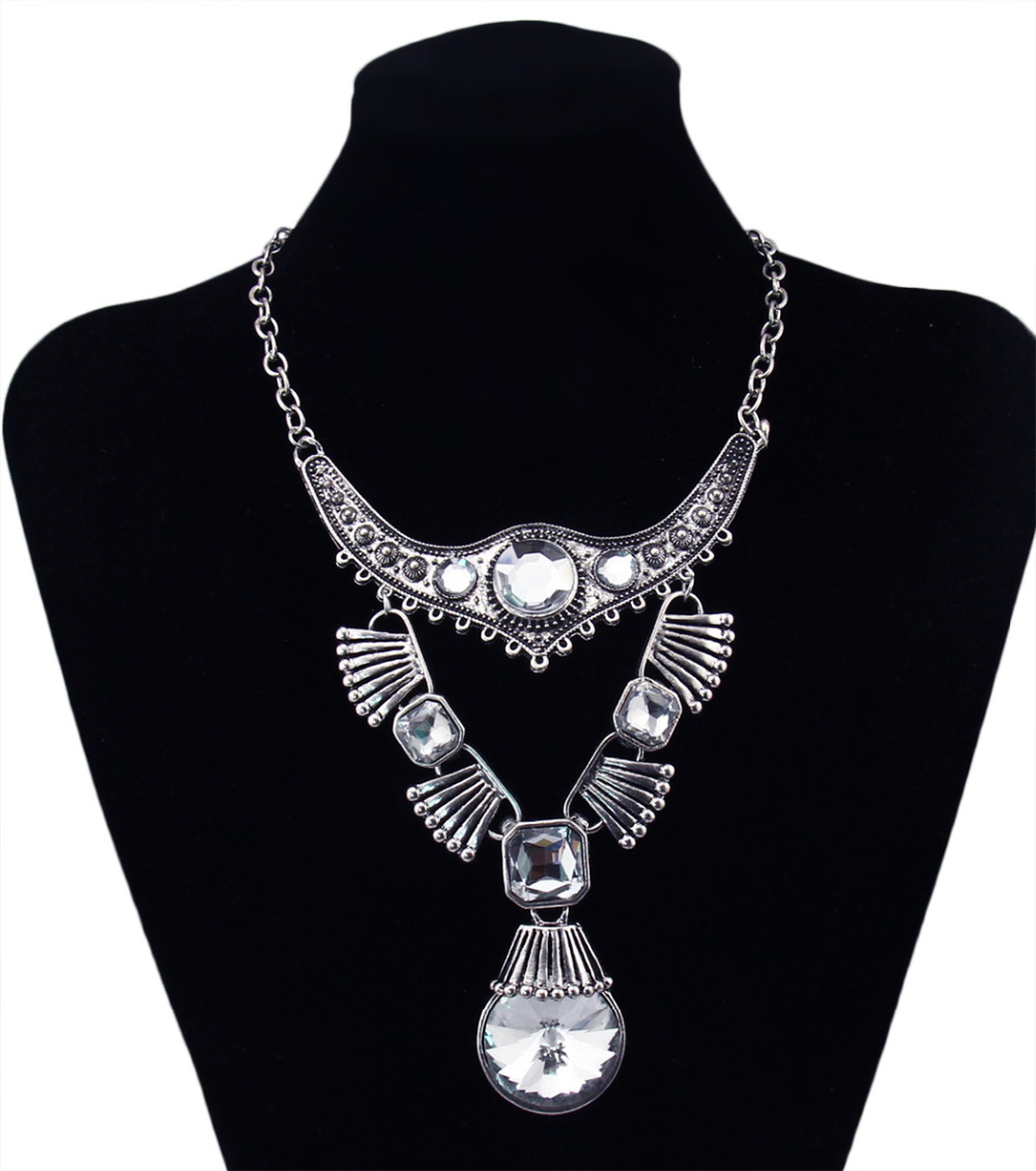 new fashion bohemian style silver plated carving flower large crystal pendant necklace for women jewelry