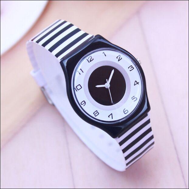 Willis Women Watch Brand Fashion Casual Unique Children Wristwatches Silicone Quartz Waterproof Stylish Relogio Watch Feminino
