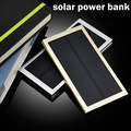 Ultra-delgada Caja de Metal Banco de la Energía Solar 12000 mah Dual USB Batería del Li-polímero Powerbank Cargador Solar Portátil
