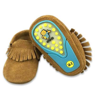 2016 Nueva Primavera de Color Caqui Franja Mocasines Zapatos de Bebé de Cuero de Vaca Suela De Goma dura Arco Niños Niñas zapatos de bebé Primer caminante zapatos