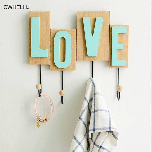 Nordic Wooden Love Shape Wall Hanging Hanger Hooks Living Room Decorative Shelves Creative Wall Key Storage