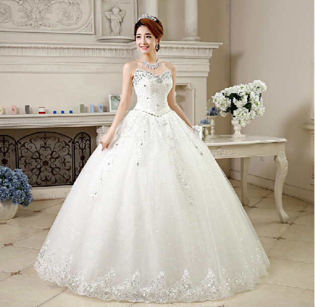 Gorgeous Sweetheart Rhinestones Wedding Dress Floor Length Ball Gown Bridal Gowns Open Back Customized